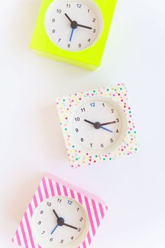 IKEA-clock-hack.--Easy-and-super-cheap!