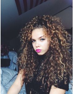 Like this pic ? See more on my Pinterest : @theylovecyn_...
