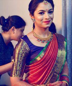 South Indian bridal saree nd blouse Pattu Saree Blouse Designs, Saree Blouse Patterns, Bridal Blouse Designs, South Indian Blouse Designs, Indian Bridal Sarees, Indian Bridal Wear, South Indian Bride Jewellery, Bridal Sarees South Indian, South Indian Weddings