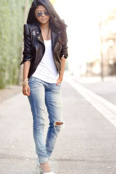 Love the jacket, white tshirt, jeans look!