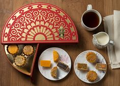 Mooncake 2016 from Mooncake 2016 from . Biscuits Packaging, Cake Packaging, Food Packaging Design, Brand Packaging, Kirigami, Sweet Box Design, Chocolates, Chinese Moon Cake, Chocolate Packaging