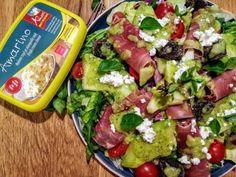 Σαλάτα με πεπόνι και ελαφρύ πέστο βασιλικού Pesto, Cobb Salad, Tacos, Mexican, Ethnic Recipes, Food, Essen, Meals, Yemek