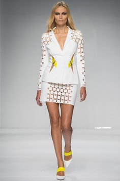 Stunning White Skirt Suite wit a Hint of Yellow - Atelier Versace Spring 2016 Couture Fashion Show
