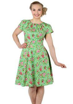 Apple Green Floral Day, 50's dress by Lady Vintage www.misswindyshop.com/mekot…