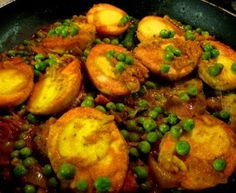 Egg curry o here's some real Indian home-style cooking, which is perfectly suited to the recent chilly weather we've been having. This curry is one o. Curry Recipes, Egg Recipes, Indian Food Recipes, Cooking Recipes, Ethnic Recipes, Vegetarian Recipes, Chicken Recipes, Recipies, Bangladeshi Food