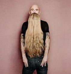 Guardiamo una gran #barba e dei bei #jeans o osserviamo che avere la giusta #prospettiva nell'#anima è importante? Anche sul #lavoro…
