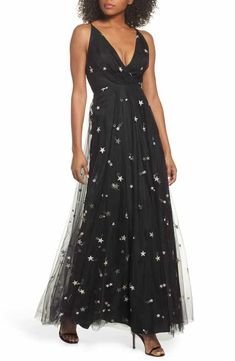 bdaff92fce8a Jenny Yoo Chelsea Starry Night Embroidered Halter Maxi Dress Maxi Abiti A  Top