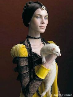 Sabine Pigalle - Beautiful Photography and Collage works.