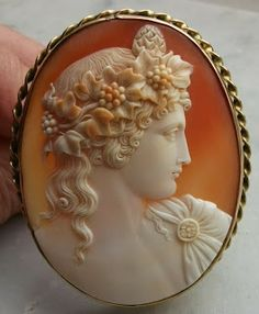 "Carved Cornelian Shell Cameo Depicting ""Antinous Vertumnus"", Mounted In 9k Gold - Italy (Cameo) English (Frame) c.1850-1860"