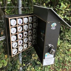 Now just what kind of bug hotel is this geocache?