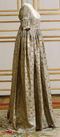 obe de couronnement de la reine Fredrika porté au couronnement de l' église Saint - Olav 4 Avril, 1800.