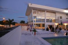 Glasshaus Photography Studio in Miami, Florida  http://www.glasshausstudios.com/