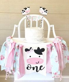 Birthday girl banner shabby chic 30 Ideas for 2019 Cow Birthday Parties, Cowgirl Birthday, Baby Girl 1st Birthday, Girl Birthday Themes, Farm Birthday, Cow Birthday Cake, Birthday Ideas, Happy Birthday, Farm Animal Party
