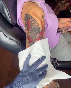 Red Ink Tattoos, Forarm Tattoos, Body Tattoos, Girl Tattoos, Tatoos, Pretty Tattoos For Women, Hand Tattoos For Girls, Black Girls With Tattoos, Girly Sleeve Tattoo
