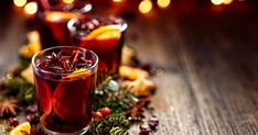"""Nutrisystem provides recipes for 5 delicious and booze-free """"mocktails"""" for the holidays. Healthy Dip Recipes, Healthy Dips, Fudge Recipes, Cooking Recipes, Nutrasystem Recipes, Tranches D'orange, Ponche Navideno, Carbs In Beer, Drink"""