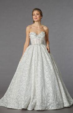 Bridal Gowns: Pnina Tornai Princess/Ball Gown Wedding Dress with Sweetheart Neckline and Empire Waist Waistline