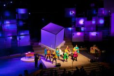Stage Design - light up #boxes #tech #uplight