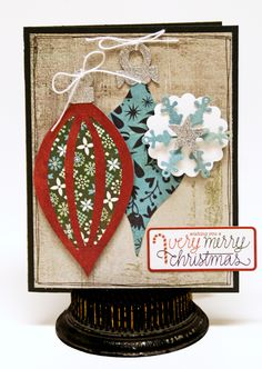 BasicGrey Sizzix Snowflake and Ornament