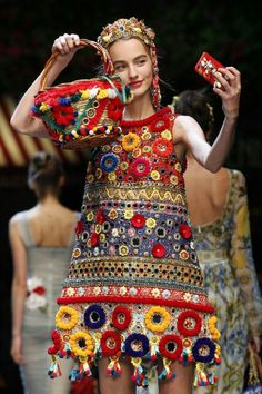 Pom Pom Basket Bag - Dolce & Gabbana SS 2016 (we didn't see last summer's pom pom bag for sale.... no doubt it will be the same this 8th 2016...)