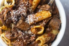 Slow Cooker Short Rib Ragu Giada De Laurentiis, Slow Cooker Short Ribs, Boneless Short Ribs, Beef Short Ribs, Slow Cooking, Italian Cooking, Pressure Cooking, Giada Recipes, Cooking Recipes