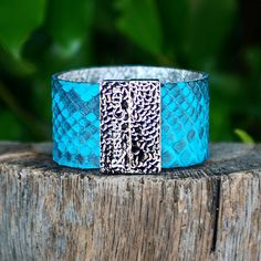 Attraction Turquoise with Silver – Rustic Cuff