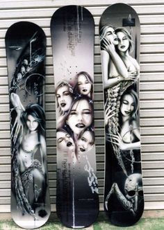 Airbrushed snowboards by Tomohiro