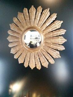 Espejo pan de oro. Efecto ojo de buey. Diametro 70cm en venta en nuestro estudio. Mas información en www.disak.es