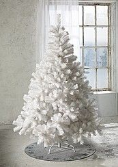 Christmas tree if I were ever to put one up. Ah never mind shudder ! Noel Christmas, Christmas Colors, Simple Christmas, White Christmas, Tree Decorations, Christmas Decorations, Holiday Decor, Advent, Merry And Bright