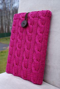 sleeve... by SandraStJu, via Flickr.  Funda