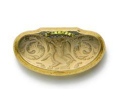 An Art Nouveau gold box by Rene Lalique