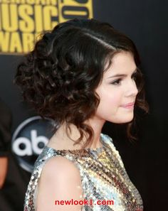 Selena gomez curly updo for prom. Teen Girl Hairstyles, Cute Curly Hairstyles, Curly Hair Updo, Short Curly Haircuts, Short Curly Bob, Curly Hair Cuts, Short Hairstyles For Women, Short Hair Cuts, Curly Hair Styles