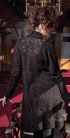Ravelry:  Lestrange Cloak - from The Unofficial Harry Potter Knits by KnittingDaily.com    Lestrange_medium