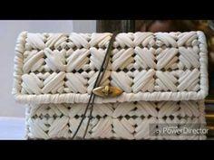 How to - Plastic Canvas Clutch Wallet w/ Plastic Canvas - Bag-O-Day Crochet Tutorial Plastic Canvas Coasters, Plastic Canvas Stitches, Plastic Canvas Crafts, Plastic Canvas Patterns, Diy Tote Bag, Diy Purse, Canvas Purse, Canvas Tote Bags, Crochet Bag Tutorials