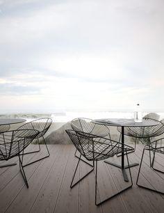 Terrazas con muebles de forja de diseño. Nuevos modelos en forja en el blog y la web!  www.fustaiferro.com fustaiferro.wordpress.com