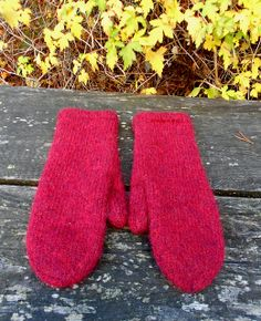 Free pattern - Best felted mittens pattern by Olga Beckmann Knitted Mittens Pattern, Crochet Mittens, Knitted Gloves, Knit Crochet, Loom Knitting, Knitting Ideas, Knitting Designs, Knitting Patterns, Patons Classic Wool