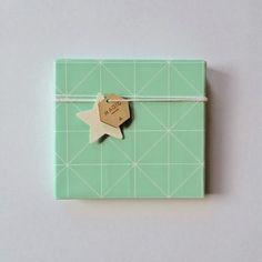Leuke Lintjes: Strikken,stippen,bloemen en driehoeken....