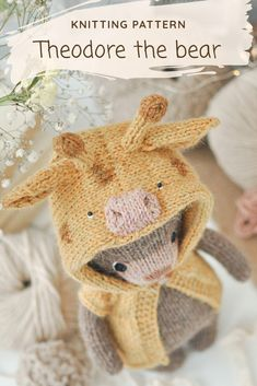 Step-by-step knitting pattern allows you to create your own cute little bear with jacket Teddy Bear Knitting Pattern, Knitted Doll Patterns, Animal Knitting Patterns, Knitted Dolls, Stuffed Animal Patterns, Stuffed Animals, Knitting For Kids, Knitting Projects, Knitting Toys