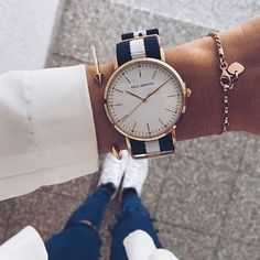 Best Watches for Women Trendy Watches, Cool Watches, Fancy Watches, Pinterest Jewelry, Jewelry Accessories, Fashion Accessories, Accesorios Casual, Ring Verlobung, Beautiful Watches