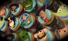 TS Cupcake topper