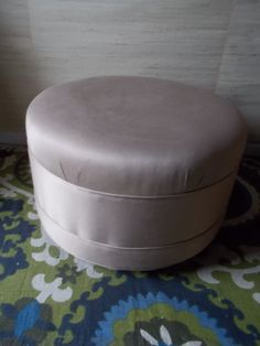 107a78ea08 Champagne Silk Colored Hollywood regency Decorators Round ottoman. Vanity  BenchRound ...