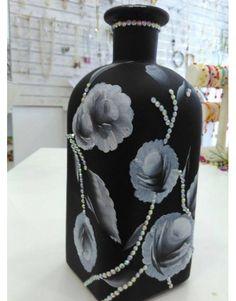Χειροποίητο μπουκάλι φτιαγμένο στο χέρι με την τεχνική 'one stroke'. Διακοσμημένο με κρυσταλλάκια. Vase, Home Decor, Decoration Home, Room Decor, Vases, Home Interior Design, Home Decoration, Interior Design, Jars
