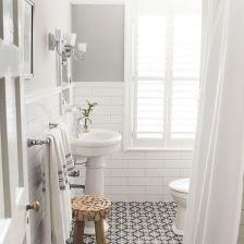 Marokańskie płytki biało-czarne w łazience (28902)