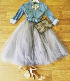 How romantic is this look? Our tulle skirt in gray paired with our light denim shirt and statement necklace. Get head to toe online or text… Light Denim Shirt, Denim Shirt Style, Denim Outfit, Denim Hair, Denim Jeans, Party Fashion, Fashion Shoot, Diamonds And Denim Party, Mode Hippie