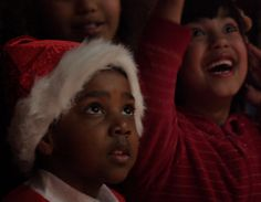 Amazing picture - the sparkle of Christmas - joy is contagious Photo by: Nick Cowell  www.nickcowell.wordpress.com