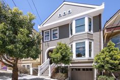 Recently built in 2009, this spectacular home located in San Francisco's Noe Valley is all about class and style.