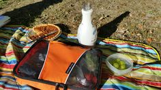 It's midweek now. Have you started planning what you'll be doing for weekend? Picnic sounds like a good plan...