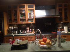 Derek-and-Merediths-Dream-House-Kitchen-ABCTVEVENT1