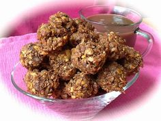 Pink-Vegan: Crunchy Peanut Butter Coconut Balls