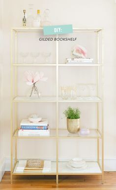 Ikea hacks ideas for your home. Best Ikea DIY ideas that will help your home to look beautiful. Ikea Hack Gold, Marble Shelf, Murphy Bed Ikea, Style Me Pretty Living, Decorate Your Room, Home And Deco, My New Room, Bookshelves, Gold Bookshelf