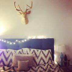 A festive holiday bedroom by @Cait - Pretty & Fun